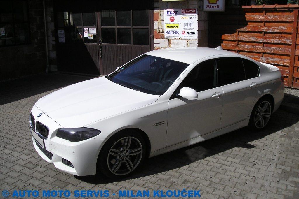 BMW M5 - 4.4 L V8 - 575PS/HP