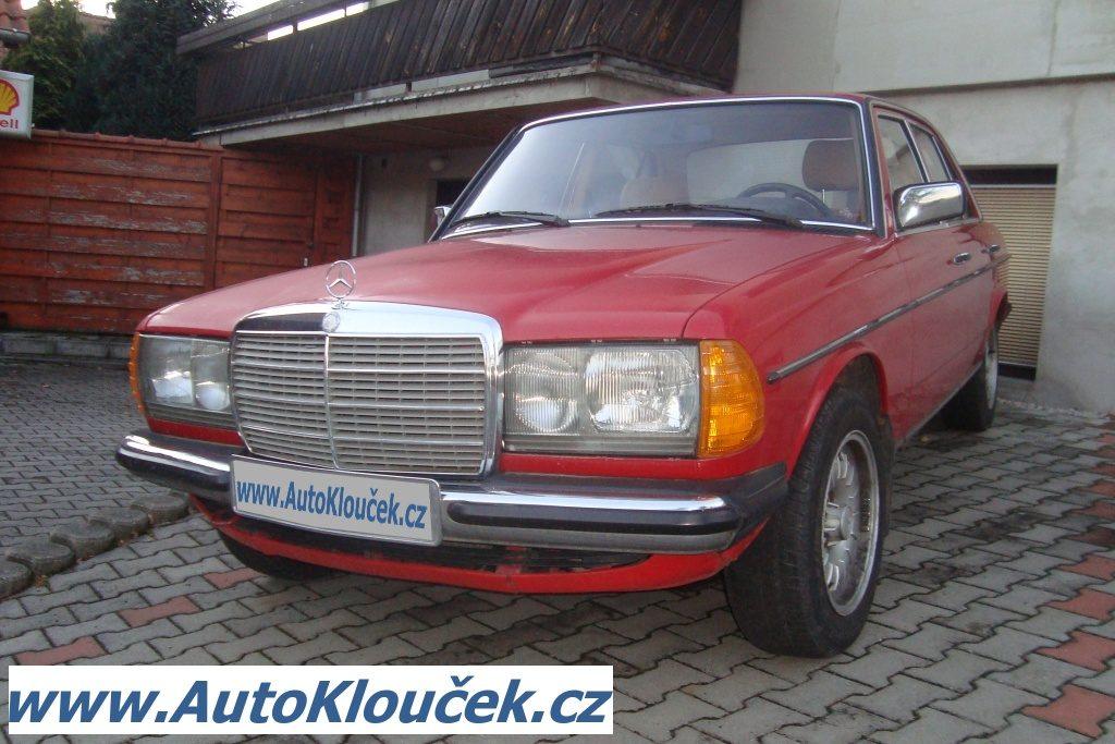 Mercedes-Benz 200D již z roku 1973